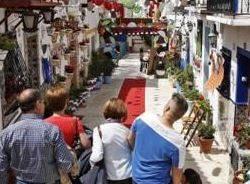 Cruces de Mayo de Alicante