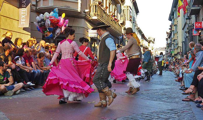 Festival Folklórico de los Pirineos