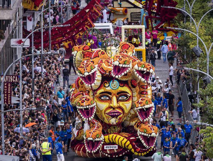 Fiesta Batalla de Flores de Laredo