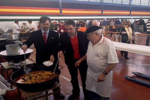 Participantes en la Chanfaina de Totalán